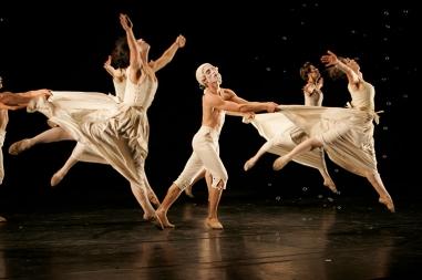 Sechs Tänze